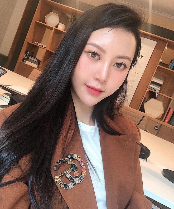Hot girl Viet hoi moi noi: Ai cung theo style diu dang 'banh beo' hinh anh 12
