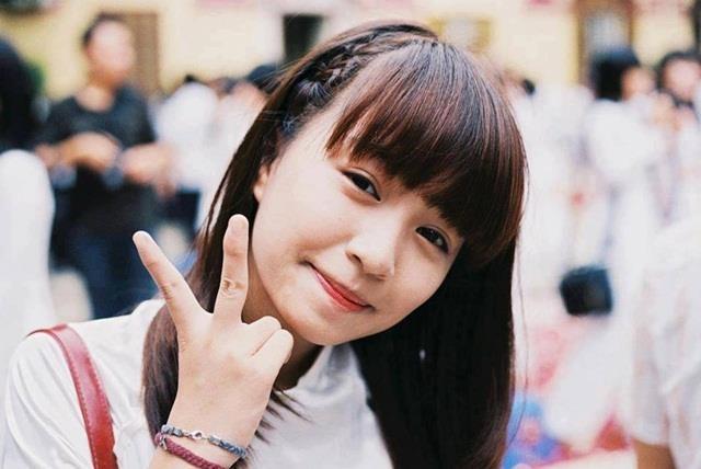 Hot girl Viet hoi moi noi: Ai cung theo style diu dang 'banh beo' hinh anh 1