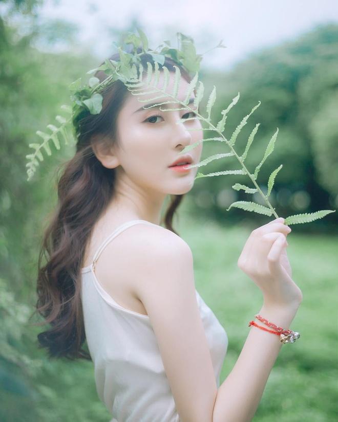 Hot girl Viet hoi moi noi: Ai cung theo style diu dang 'banh beo' hinh anh 8
