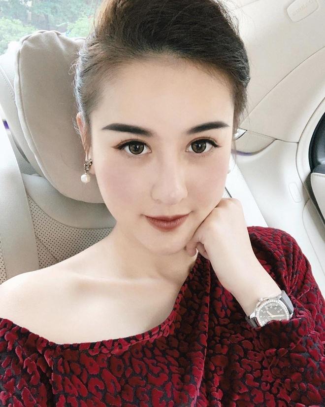 Hot girl Viet hoi moi noi: Ai cung theo style diu dang 'banh beo' hinh anh 7