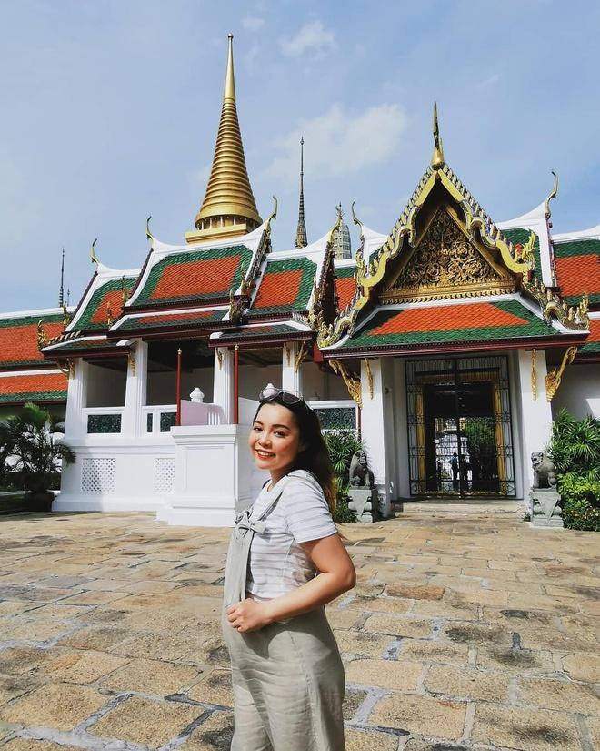 Khi mang bau, blogger Trinh Pham cham khoe anh bikini hon hoi con gai hinh anh 9