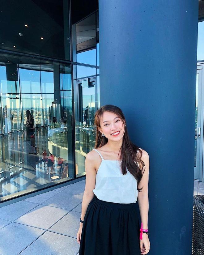 Hot girl xu Nghe: Ban gai cau thu, MC, ca si du ca hinh anh 10