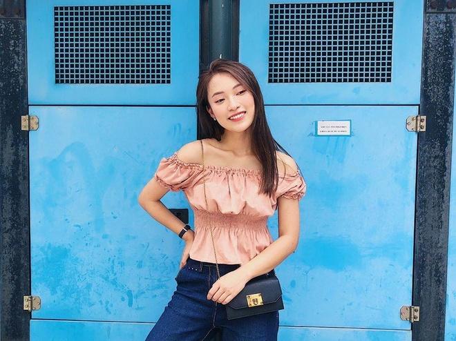 Hot girl xu Nghe: Ban gai cau thu, MC, ca si du ca hinh anh 9