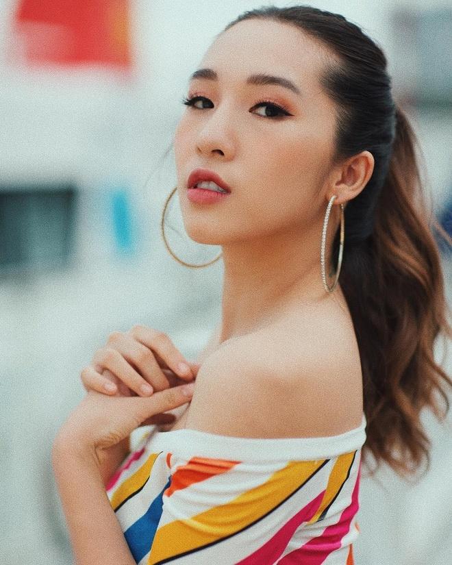 Bon hot girl Viet la me 2 con nhung ngay cang nong bong hinh anh 7