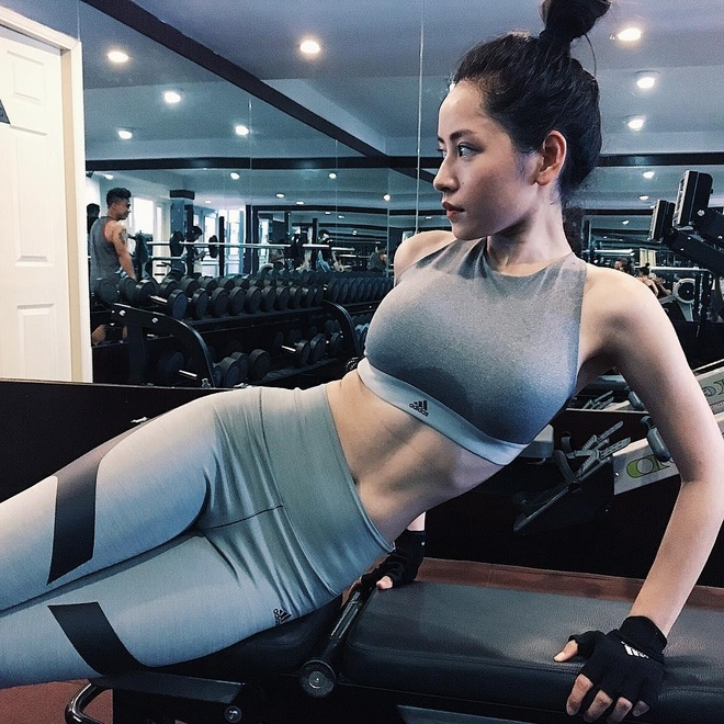 Jun Vu va loat hot girl 'bien hoa' sexy sau khi dinh tin don dao keo hinh anh 10