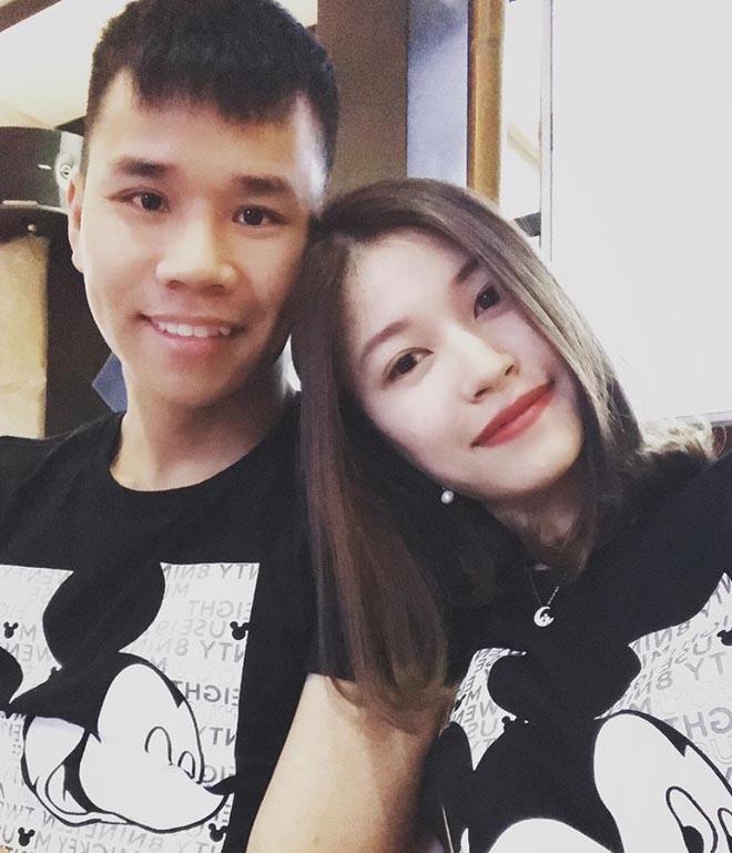 Ban gai cau thu, streamer, hot girl thi nhau khoe dap hop iPhone 11 hinh anh 3