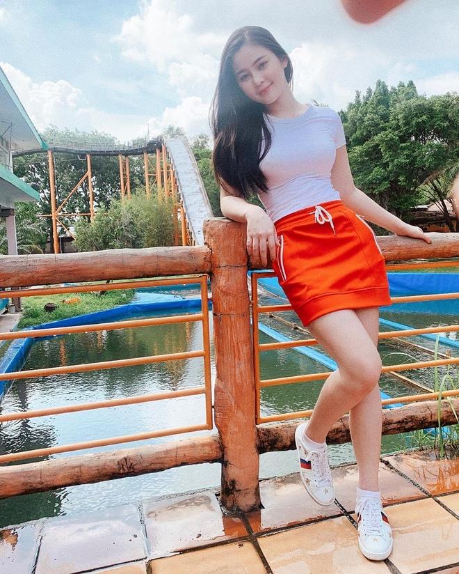 Hot girl Da Nang: Nguoi mau, blogger, tiep vien hang khong du ca hinh anh 11