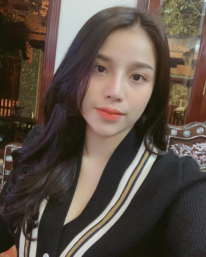 hot girl Khanh Linh anh 2