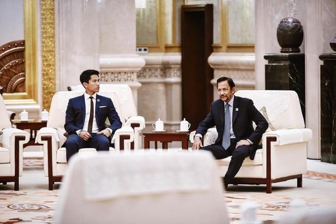 Hoang tu Brunei anh 2