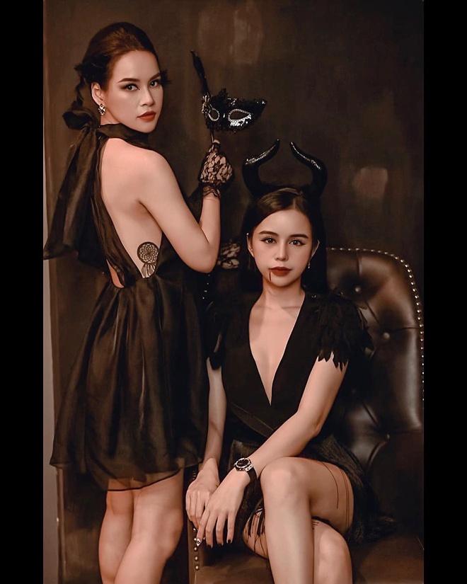 Hoi ban than hot girl Quynh Kool mo tiec don Halloween hinh anh 8