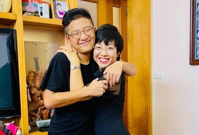 MC Thao Van: 'Con tre tap hut thuoc khong phai dieu bat ngo' hinh anh 1