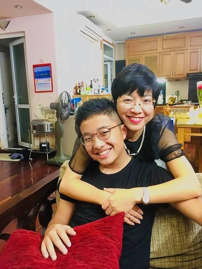 MC Thao Van: 'Con tre tap hut thuoc khong phai dieu bat ngo' hinh anh 2