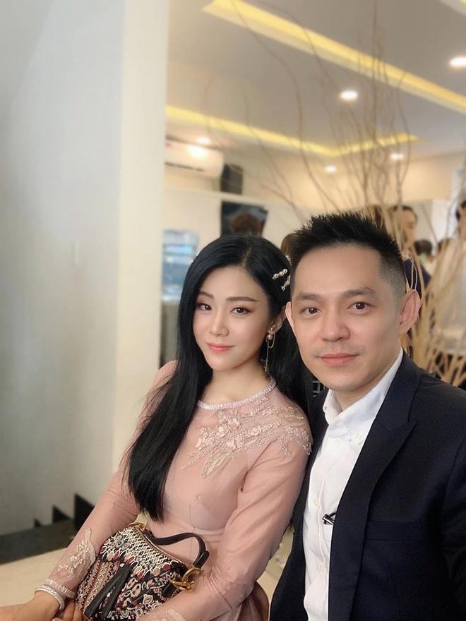 Em gai Ong Cao Thang hau dam cuoi anh trai: 'That vui khi la em chi' hinh anh 2