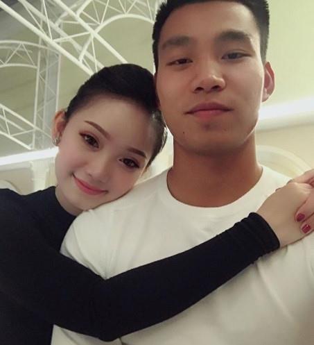 Van Lam - Yen Xuan va nhung cau thu co moi tinh chi em hinh anh 11