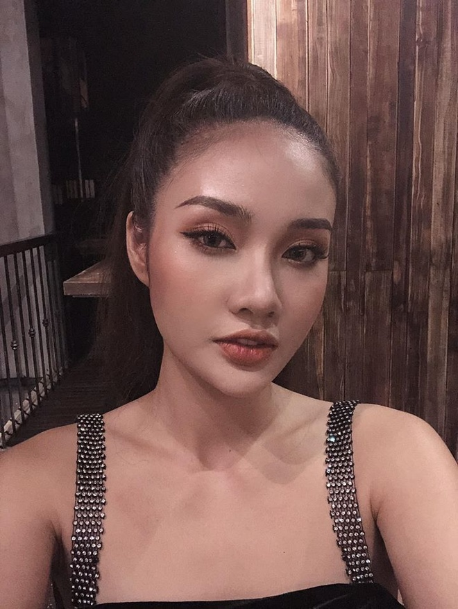 Thu mon Van Bieu dang anh voi ban gai tung thi Miss World Vietnam hinh anh 5 80752371_2499741593679583_5216577804962889728_o.jpg