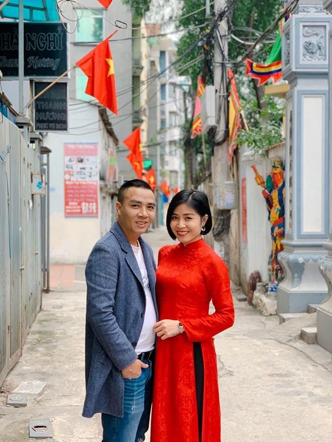 MC Hoang Linh, Midu len tieng ve tin co nguoi thu ba xen vao hanh phuc hinh anh 2 82938958_10221791106706966_8076993047339991040_o.jpg