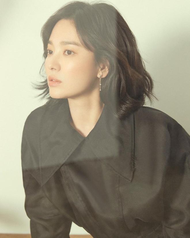Anh doi thuong cua Song Hye Kyo sau khi tro ve tu tam dich hinh anh 10 kyo1122_54512414_269958430612874_3427250911733693544_n.jpg