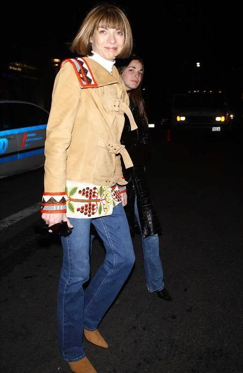 Anna Wintour khuyen ban khong nen mac quan jeans bua bai hinh anh 1