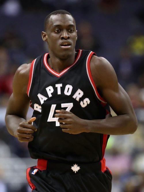 Giay bong ro cac cau thu NBA da da dang va thu vi hon truoc rat nhieu hinh anh 9