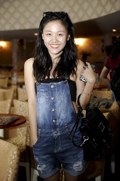 Van Mai Huong 'lot xac' tu phong cach que mua sang goi cam hinh anh 15