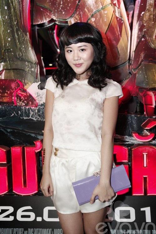 Van Mai Huong 'lot xac' tu phong cach que mua sang goi cam hinh anh 16