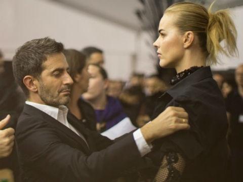 Nhung thanh tuu Marc Jacobs de lai cho Louis Vuitton hinh anh