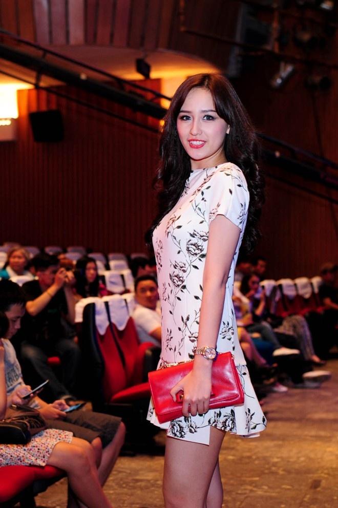 Nhung nguoi dep Viet chuong thoi trang Zara hinh anh 13