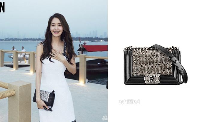Hay 1 kiểu túi xách đeo ngang vai đơn giản và thanh lịch của Chanel.