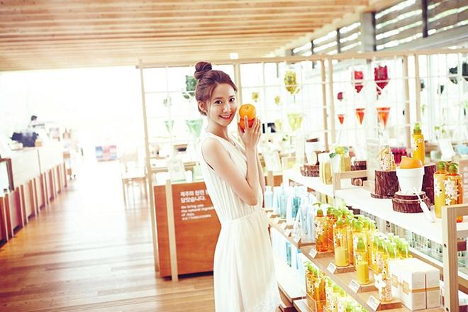 Bo suu tap hang hieu khung cua Yoona (SNSD) hinh anh