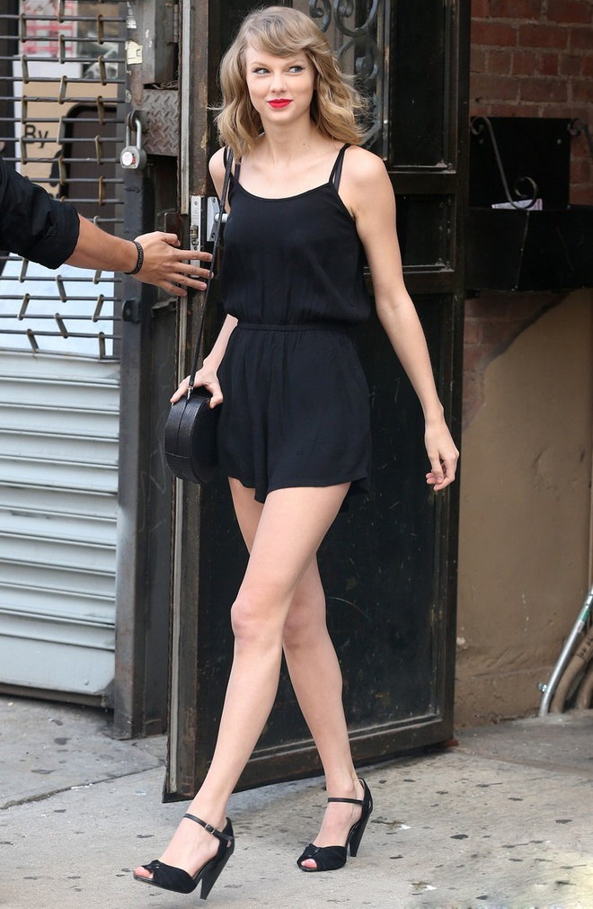 5 bi mat bien Taylor Swift tro thanh fashionista hinh anh 19