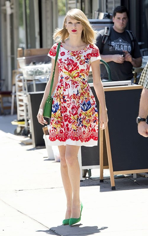 5 bi mat bien Taylor Swift tro thanh fashionista hinh anh 3