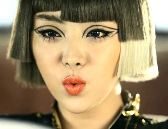 Nhung kieu toc co mot khong hai cua sao Han hinh anh 9  Một trường hợp nhuộm tóc nhiều màu sai lầm khác của Narsha nhóm Brown Eyed Girls.
