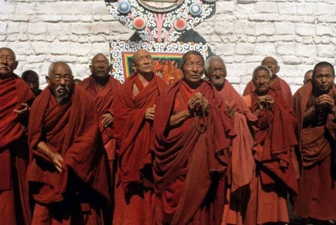 Bộ phim giúp bạn hiểu nhiều điều hơn về con người Tây Tạng cũng như lịch sử nơi đây, đồng thời nó có thể giúp bạn thấy một chuyến đi có thể thay đổi cuộc sống.