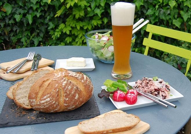 Nhung dieu gay soc khi lan dau den Duc hinh anh 8 8. Bữa trưa nóng, bữa tối lạnh: Vào buổi trưa, người Đức thường thích tự nấu một bữa ăn nóng hổi. Trong khi đó vào buổi tối thì chỉ cần một bữa ăn lạnh nhanh, họ thường gọi là
