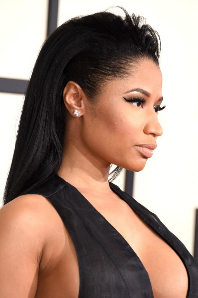 Nhung tham hoa trang diem tai le trao giai Grammy hinh anh 9 Nicki Minaj