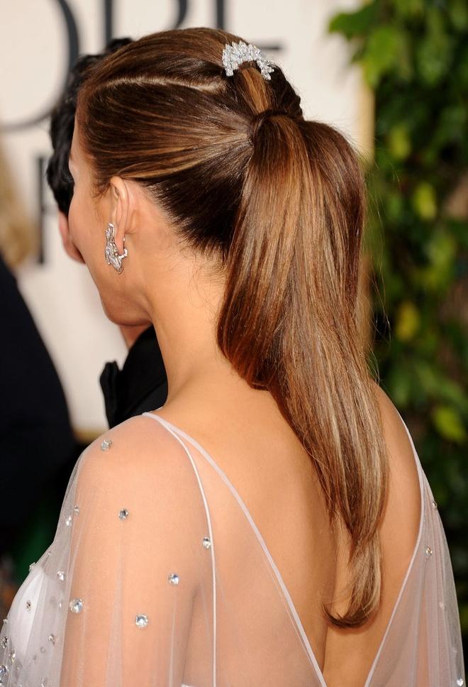 Sao Hollywood tranh nang nong voi toc duoi ngua hinh anh 6 Jennifer-Lopez