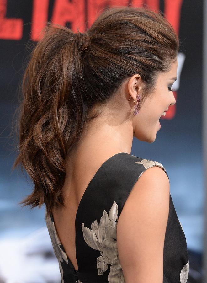 Sao Hollywood tranh nang nong voi toc duoi ngua hinh anh 1 Selena-Gomez