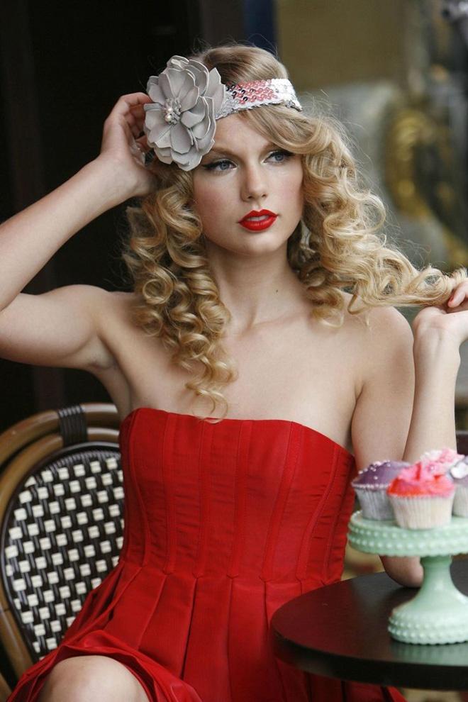 Nhung bien tau toc mua he quyen ru tu Taylor Swift hinh anh 11