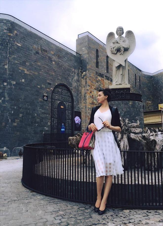Tuyet chieu giau vong eo sau sinh cua Trang Nhung hinh anh 11