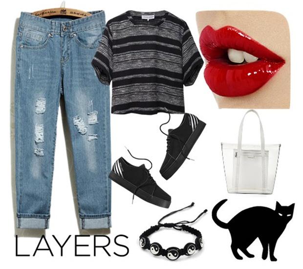 5 set do voi quan jeans boyfriend cho cuoi tuan hinh anh 5 Set đồ 5: Bộ đôi áo croptop màu đen vằn kẻ xám và quần jeans nam tính sẽ mang lại hứng khởi cho bạn sau một tuần làm việc mệt mỏi. Đôi giày thể thao cùng tông màu và túi nhựa trong suốt sẽ là điểm nhấn cho set đồ.
