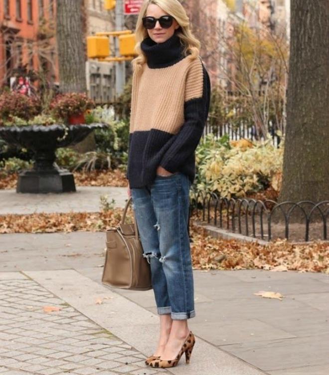 Phoi do dep voi ao len co lo cho co nang cong so hinh anh 7 Set đồ đơn giản nhưng cá tính với áo len cổ lọ đa sắc với quần boyfriend jeans và giày cao gót sẽ mang lại một chút tinh nghịch cho cô nàng công sở.