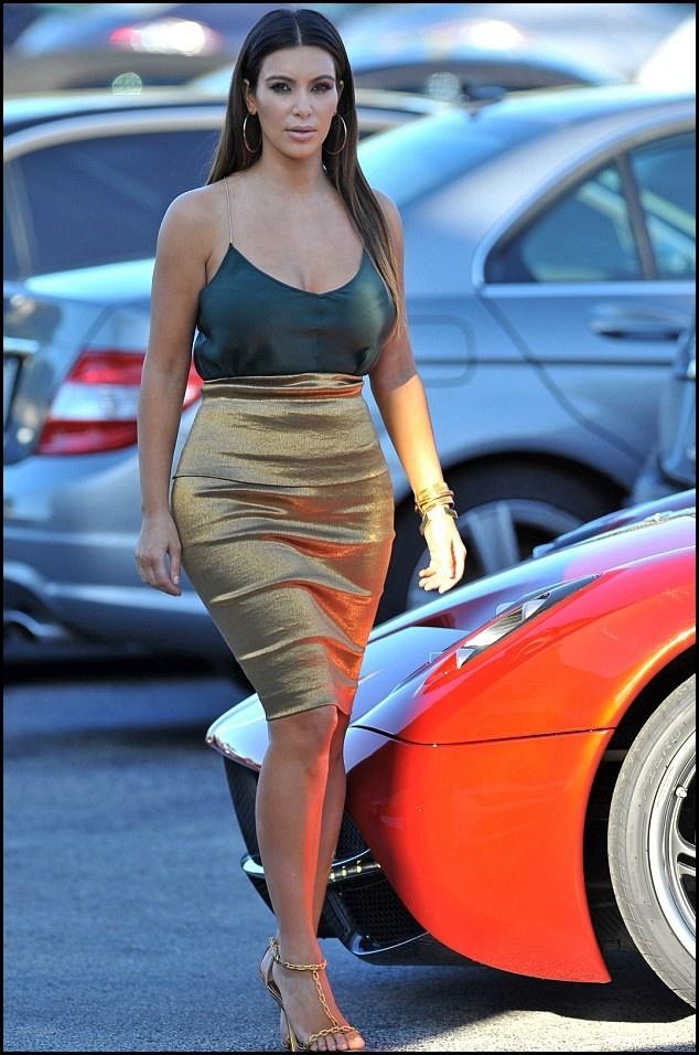 5 quy tac an mac giup trong thon tha hon cua Kim Kardashian hinh anh 13