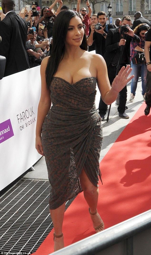 5 quy tac an mac giup trong thon tha hon cua Kim Kardashian hinh anh 21