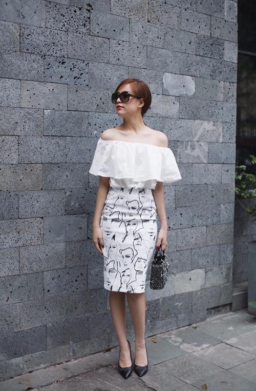 Gu thoi trang an tuong cua Hoang Thuy Linh nam 2015 hinh anh 7