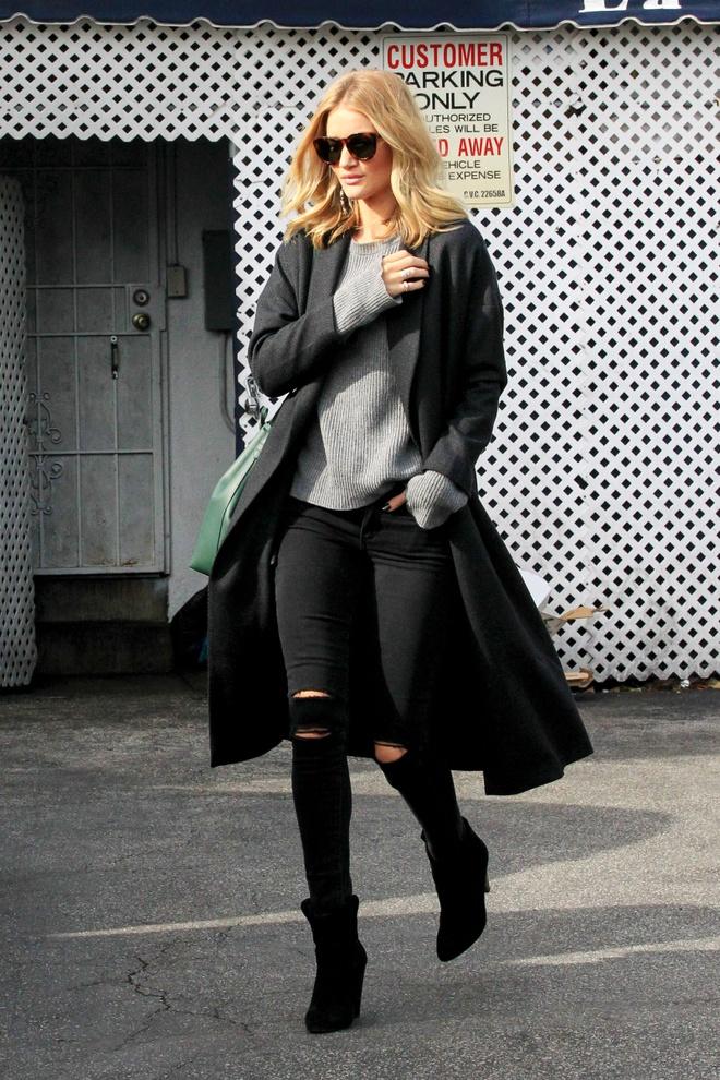 Sao Hollywood dang thich mot quan jeans nao? hinh anh 3