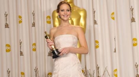 20 bo vay dep cua cac dien vien tung doat giai Oscar hinh anh