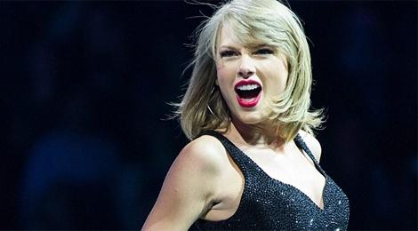Taylor Swift chung minh nguc lep van sexy hinh anh