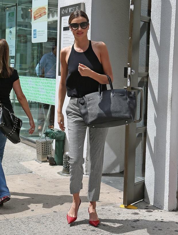 Street style mua he ca tinh cua Miranda Kerr hinh anh 2