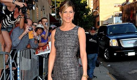 14 bai hoc thoi trang tu Jennifer Aniston hinh anh