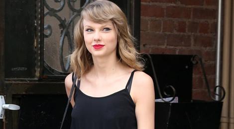 10 bai hoc thoi trang tao nen phong cach Taylor Swift hinh anh